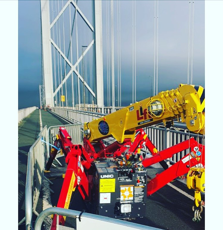 Our New Variable Outrigger Unic 295-3 @ Forth Bridge.